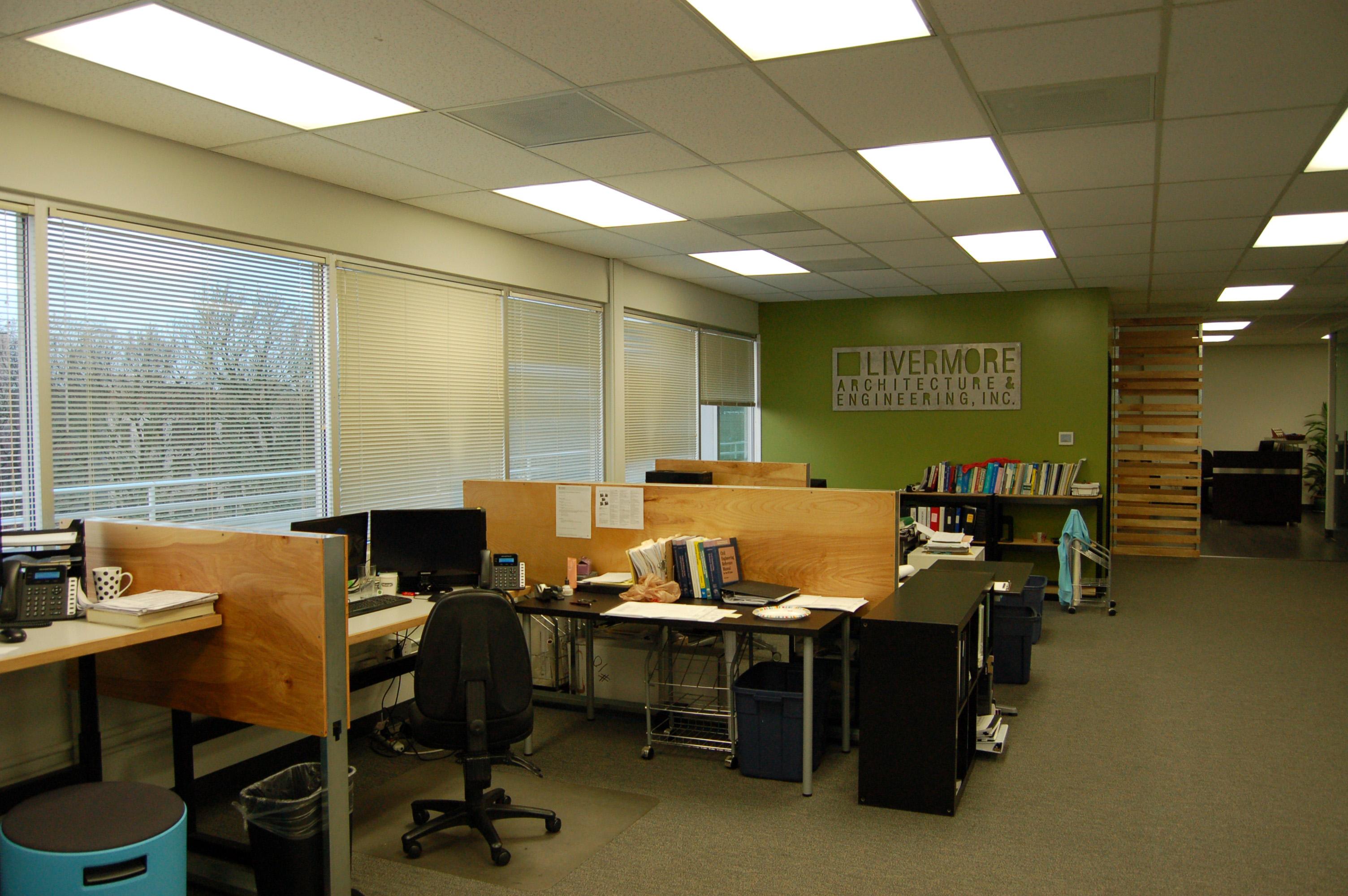 Work-Area-600x400