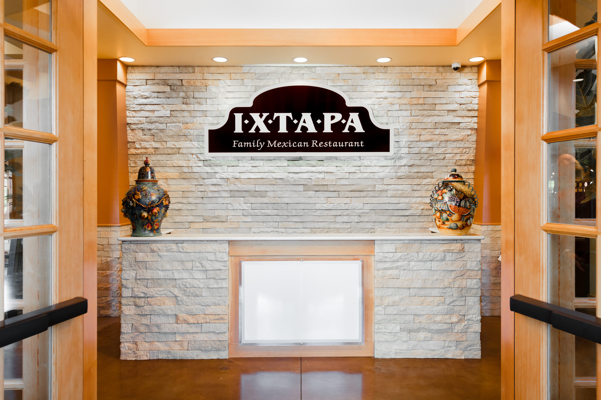 Ixtapa-Reception-600x400